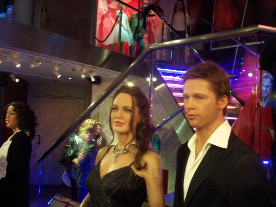 Angelina_and_Brad_Wax